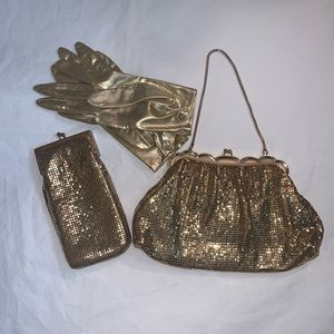 Whiting & Davis Bags - Whiting and Davis Vintage Gold Mesh Coin Purse